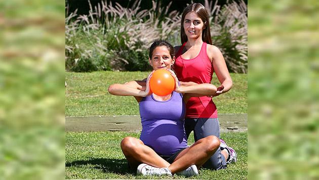 Lic Mariela Villar en trabajo con embarazada